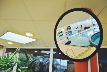 foto spiegel in zwembad