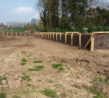 Foto van de nieuwe houthakseldam