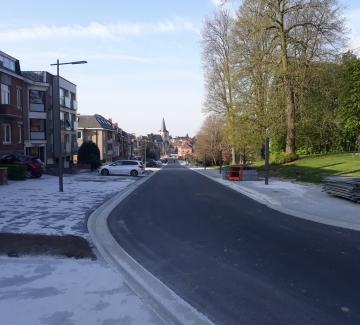 Foto van het afgewerkte gedeelte van de Sint-Alenalaan