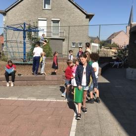 kinderen speelplaats zoeken
